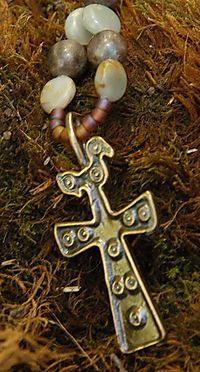 Rosarycrossdetail2