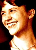 Sylvia_plath_laughing_3_2